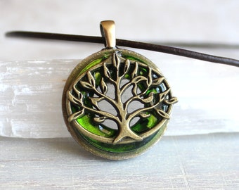 green tree of life necklace, leather cord necklace, mens necklace, mens jewelry, boyfriend gift, celtic necklace, nature necklace, elven