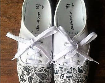 Hand Drawn Doodle Shoes
