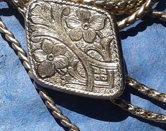 Long Chain Vintage Lariat Necklace