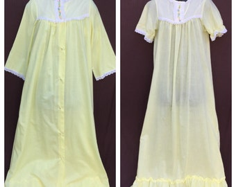 Pretty Yellow Eyelet Lace Sears Nightgown Robe Set Pastel Embroidered Flowers S