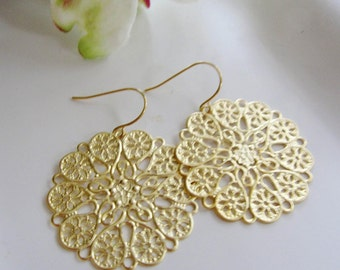 Gold Filigree Earrings, Hearts and Flower Design, gift for her, Everyday Wear, Valentines Day