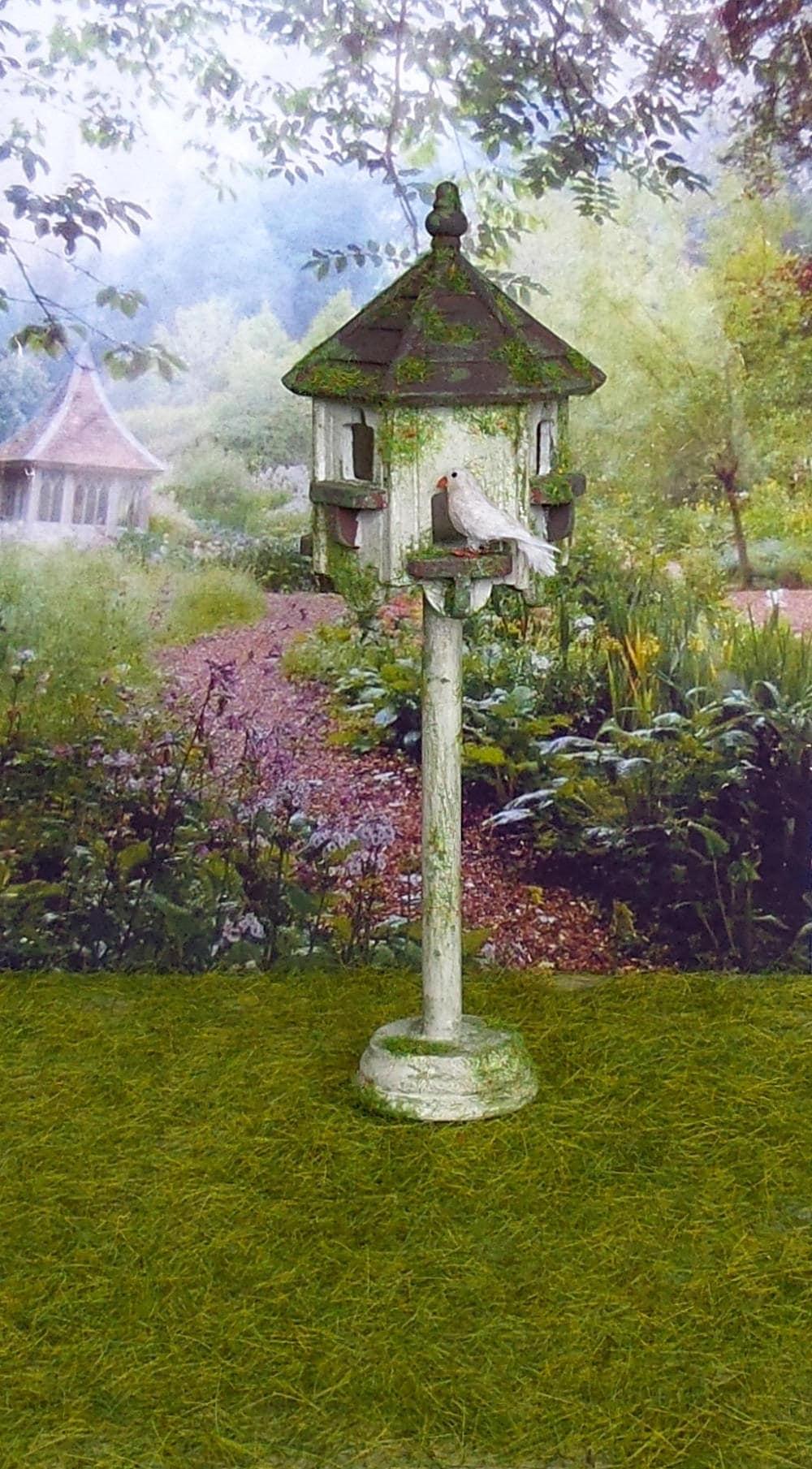 Miniature birds, Dovecote miniature wooden house, 1:12 scale Dolls ...