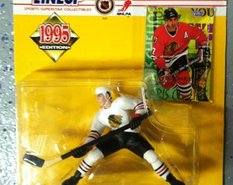 1995 NHL Starting Lineup CHRIS CHELIOS Figure- Chicago Blackhawks - White