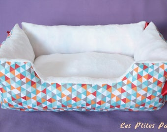 Bed for cat or small dog multicolored triangles and white