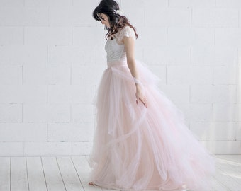 Tulle wedding dress etsy cleo tulle wedding dress cap sleeves wedding dress lace and tulle bridal gown junglespirit Images