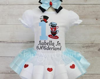 Alice In Wonderland Birthday Outfit, Alice In Wonderland Dress, Alice Costume, Onderland Outfit, Mad Hatter Outfit Girl, Tea Party Birthday