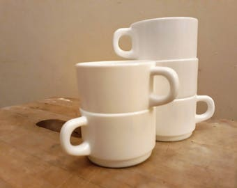 White Stacking Cups Acropal