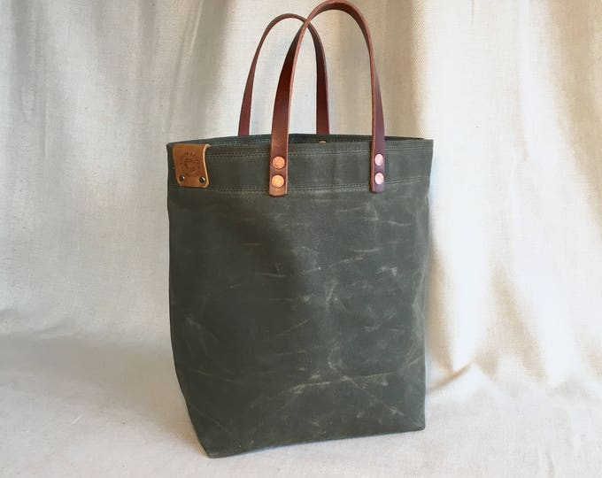 Scout - Waxed canvas hand-held tote