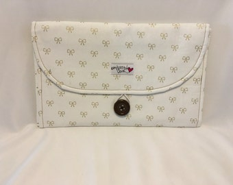 Changing Pad Clutch-White with Gold Bows