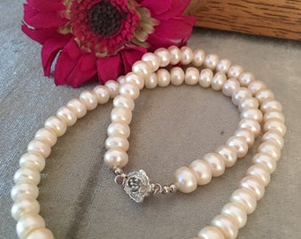 Classic and Elegant Pearl Necklace set/Flower Connector