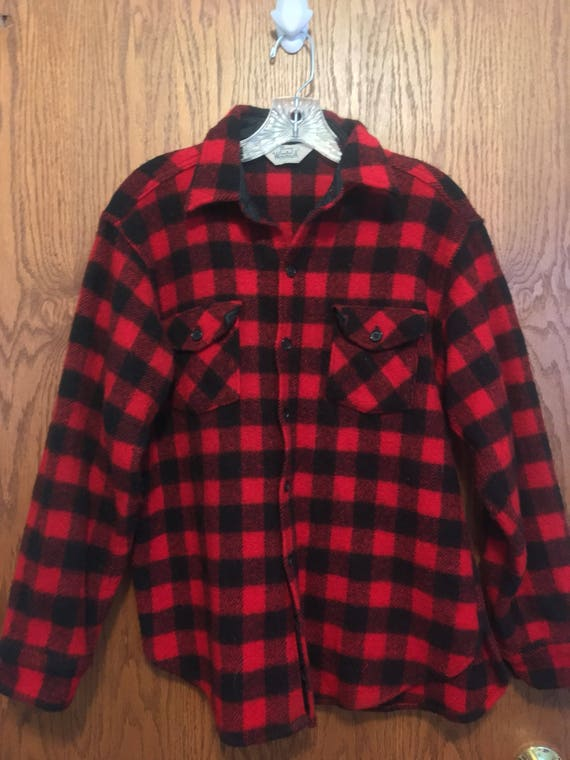 Vintage Retro Men's Woolrich 50's Buffalo Check Jacket Plaid Thick Wool Mackinaw Hunting Jacket Flannel Black Red Large 44 Made in the USA kKcOw