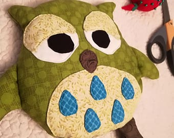 Sleepy Owl Rice Warmer ~ Green dots
