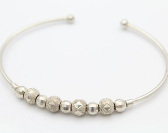 Cuff Bracelet With Contrast Textured Beads in Sterling Silver. [10668]