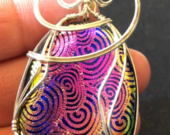 Iridescent gold and pink funky spiral pendant