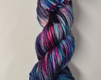 Aubs Worsted, hand dyed yarn, handdyed yarn, hand dyed worsted yarn, hand painted yarn, worsted yarn, worsted weight, Dreamy