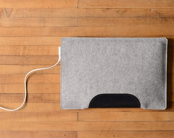 """MacBook Air / MacBook Laptop Sleeve - Grey Felt and Black Leather Patch - Short Side Opening for 11"""" or 13"""" MacBook Air or 12"""" MacBook"""