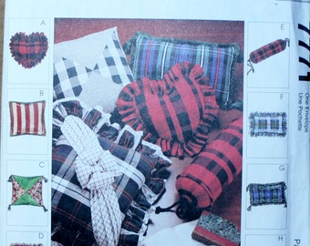 McCalls 7771 Retired Pillow Sewing Pattern 8 Variations