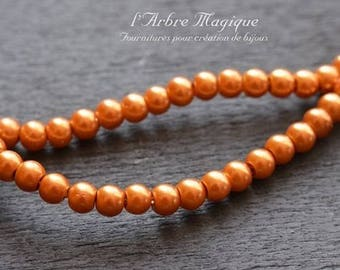 ORANGE 4 mm sold per 50 Pearlescent glass beads