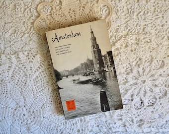 Vintage PHOTO BOOK of AMSTERDAM, Paper Back with Black and White Photographs, Text in 4 Languages. Editions Bruna 1959.