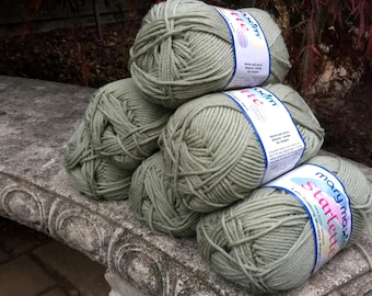 Pale sage green yarn, 6 skeins worsted weight yarn, destash yarn, knitting supply, new yarn skeins, 600 grams of yarn, yarn for crochet