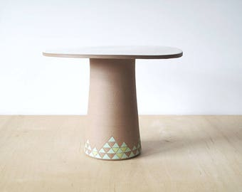 "9.5"" porcelain cake stand : SECONDS SALE"