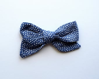 Hand Tied Blue Pindot Fabric Bow Clip Picnic Bow Adorable Photo Prop for Newborn Baby Little Girl Child 4th of July Bow Clip