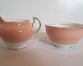 Vintage Colclough Harlequin Pink Milk Jug and Sugar Bowl. Pink Sugar Bowl and Creamer, Perfect For A Afternoon Tea Party Or Pink Baby Shower