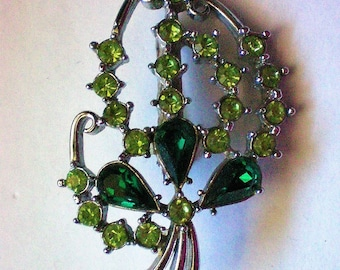 Sparkling Green Irish Rhinestone Brooch - 5931