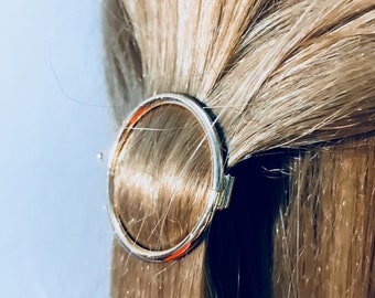 Golden circle hair clip, gold hair clip, stylish hair clip