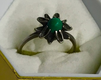 Vintage silver RING 875 * with green  turquoise size 6