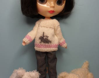 BLYTHE DOLL --Knitted Sweater with  Bunny Detail --