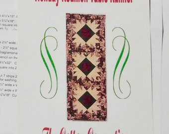 Holiday Reunion Quilted Table Runner Pattern  1999 Cotton Connection Templates and Instructions