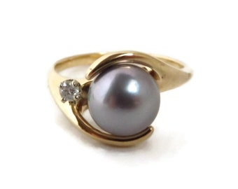 Akoya Pearl & Diamond Ring - 14K Gold Gray Pearl 7.5mm, Diamond Accent, Size 6