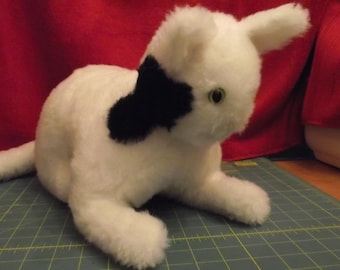 Cat White Stuffed Animal TOY to Play With