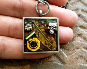 Treasure Necklace, Feather and Skull ,Silver metal Pendant