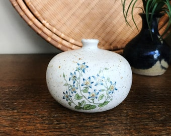 Counterpoint San Francisco Weed Pot Vase, Takahashi Vase, Blue flowers, Made in Japan, 1970's Decor, Stoneware Pottery, Mid Century Modern
