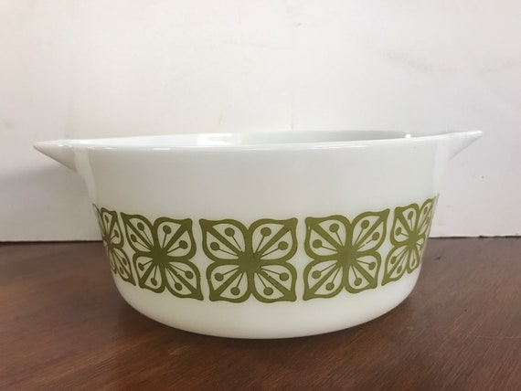 Pyrex Square flowers verde green Cinderella casserole with lid