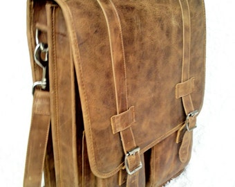 DIAZ Medium Leather Messenger Satchel / Backpack Laptop Bag Briefcase in Texas Light Brown - (15in MacBook Pro)