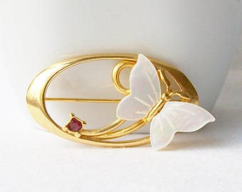 Vintage Butterfly Brooch, ButterflyBrooch, Vintage Butterfly Jewelry, Butterfly  with a ruby/garnet colored crystal, January Birthstone