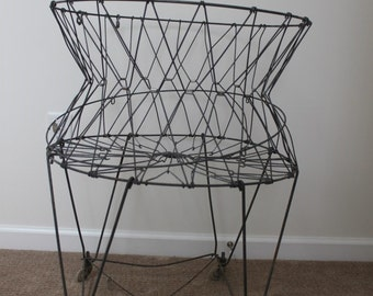 Awesome Vintage Wire Laundry Basket / Produce Basket