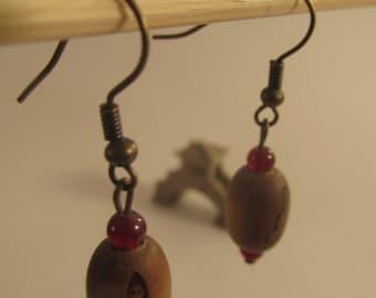 2027 - Earring Wood and Carnelian