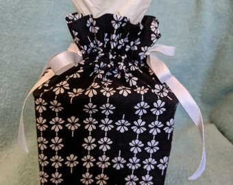 Tissue box cover, drawstring, boutique, black and white