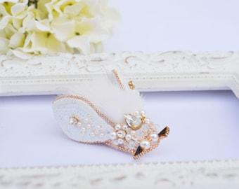 Bug brooch•Beetle brooch•Fly brooch•embroidered brooch•Fur beetle brooch•Crystals brooch•brooch•accessories•one-of-kind brooch•fur brooch