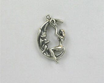 Sterling Silver 3-D Movable Moon Rider Charm