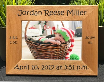 Baby Birth Announcement // Personalized Engraved Photo Frame // Picture Frame // Grandparent Gift // Aunt or Uncle Gift // Godparent Gift