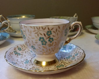 Vintage Tuscan Fine Bone English China Tea Cup and Saucer - Made in England