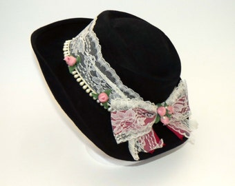 Vintage BLACK BOLERO - COWGIRL Felt Hat with Lace Band - Roses & Pearls / 100% Wool Felt / Made in United States /