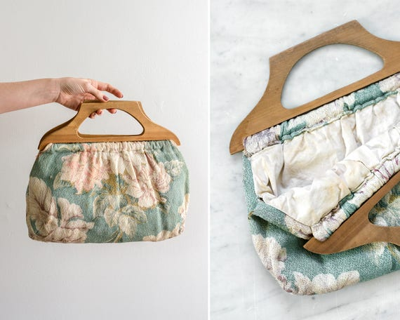 vintage 1940s floral print clutch | vintage knitting bag | 40s wood handle purse | vintage floral purse