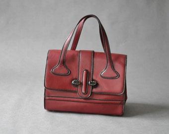 Vintage leather hand bag, oxblood purse, burgundy leather bag, marsala red purse, 70s leather purse, red leather bag,  Ref: 648