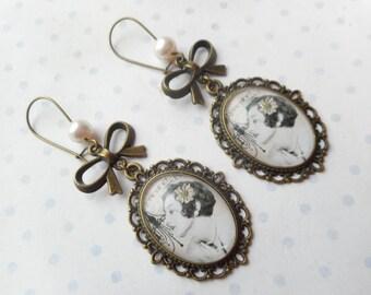 """Earrings """"Adelaide"""" peach, beige, bronze brass"""